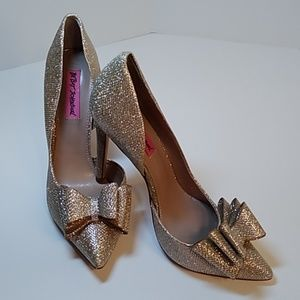 Betsey Johnson Bow Prince Pewter Gold Glitter Heel
